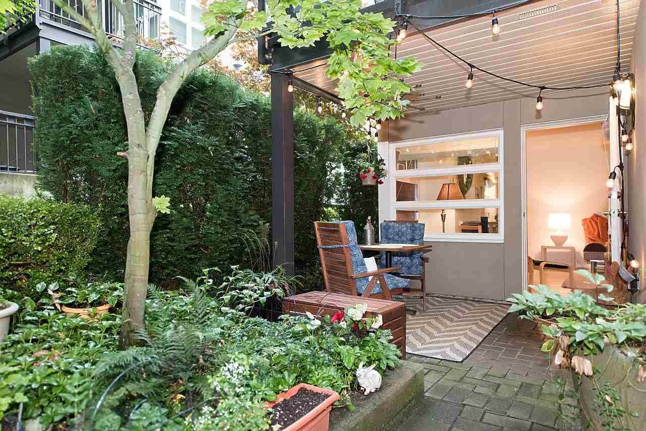 Condo Apartment at 101 2181 W 12TH AVENUE, Unit 101, Vancouver West, British Columbia. Image 17