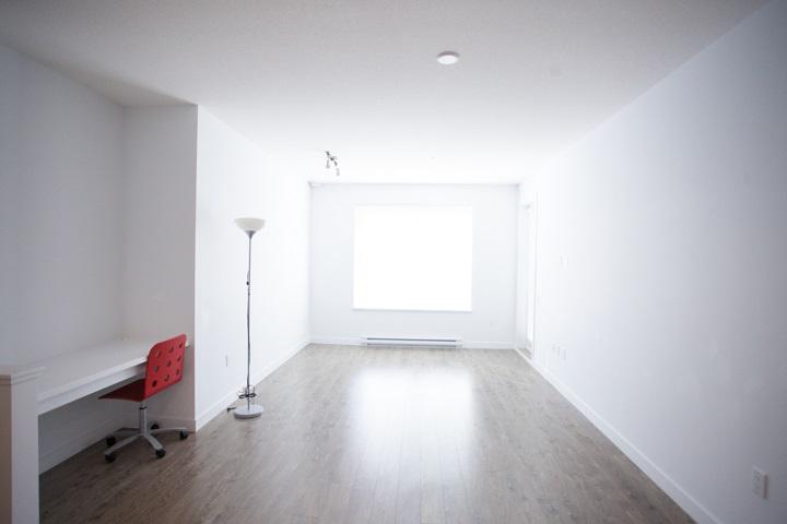 Condo Apartment at 110 608 COMO LAKE AVENUE, Unit 110, Coquitlam, British Columbia. Image 4