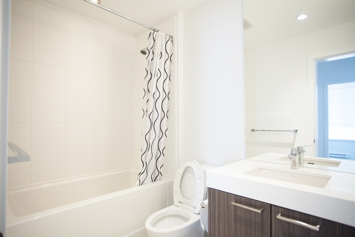 Condo Apartment at 110 608 COMO LAKE AVENUE, Unit 110, Coquitlam, British Columbia. Image 9
