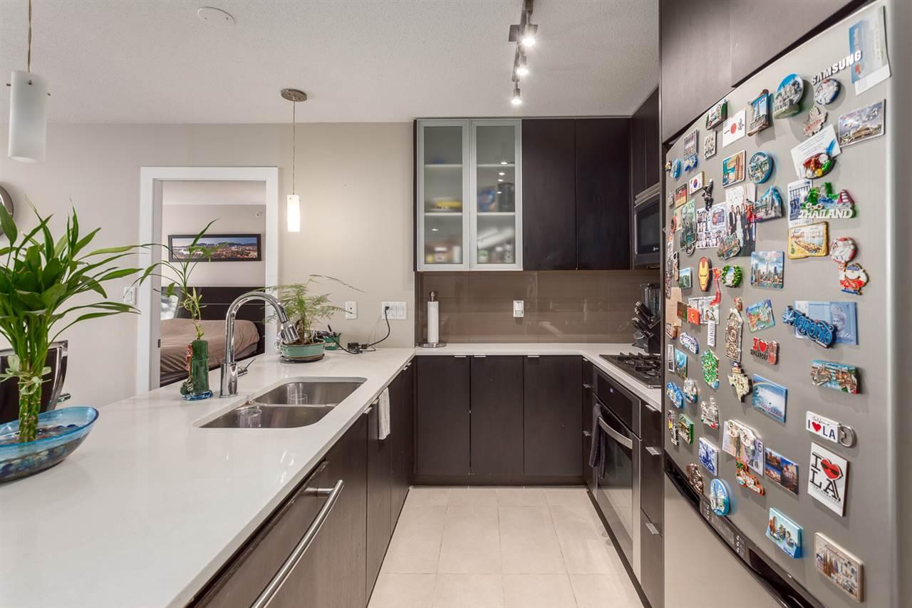 Condo Apartment at 303 7328 ARCOLA STREET, Unit 303, Burnaby South, British Columbia. Image 4