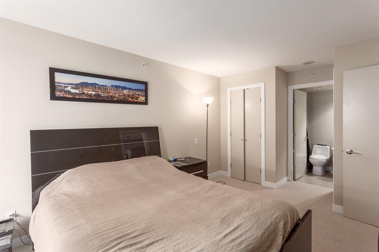 Condo Apartment at 303 7328 ARCOLA STREET, Unit 303, Burnaby South, British Columbia. Image 9