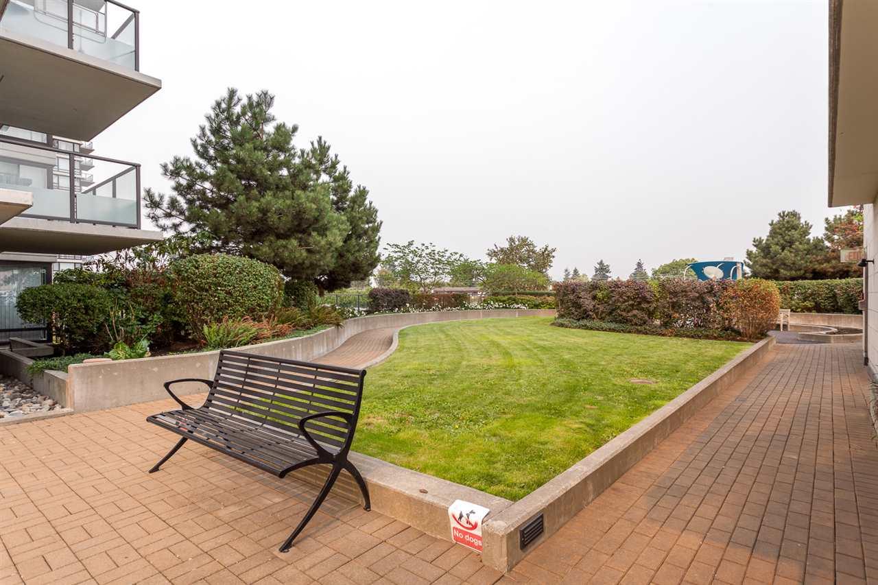 Condo Apartment at 303 7328 ARCOLA STREET, Unit 303, Burnaby South, British Columbia. Image 16
