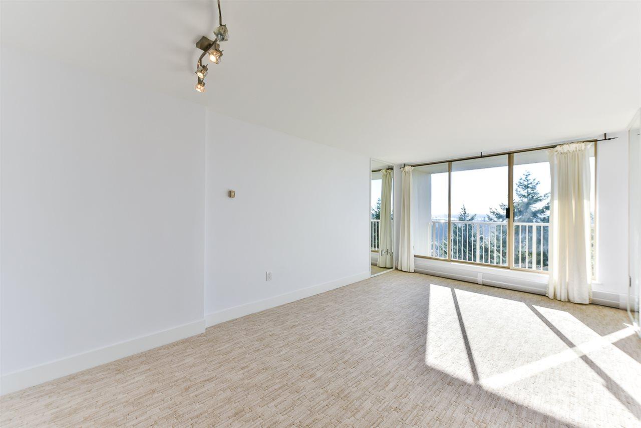 Condo Apartment at 1202 2004 FULLERTON AVENUE, Unit 1202, North Vancouver, British Columbia. Image 7