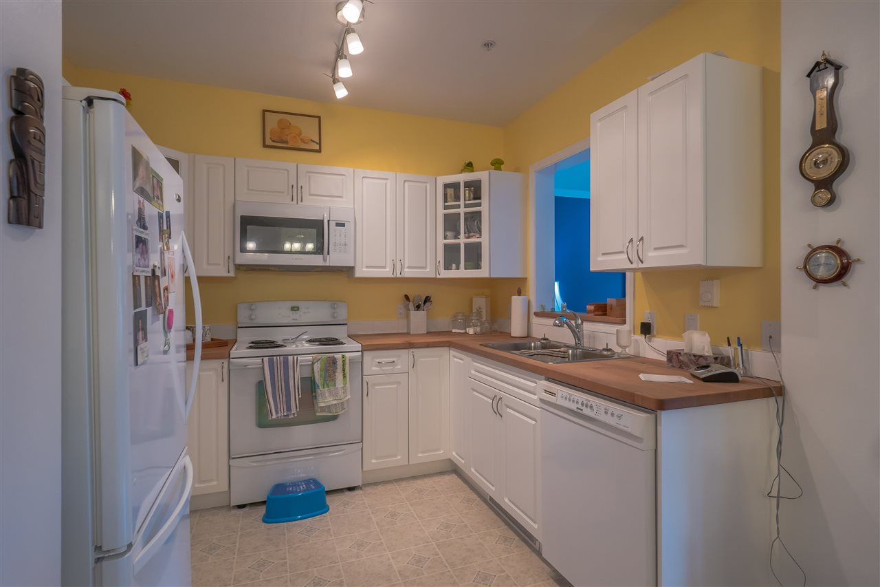 Condo Apartment at 205 1203 PEMBERTON AVENUE, Unit 205, Squamish, British Columbia. Image 4