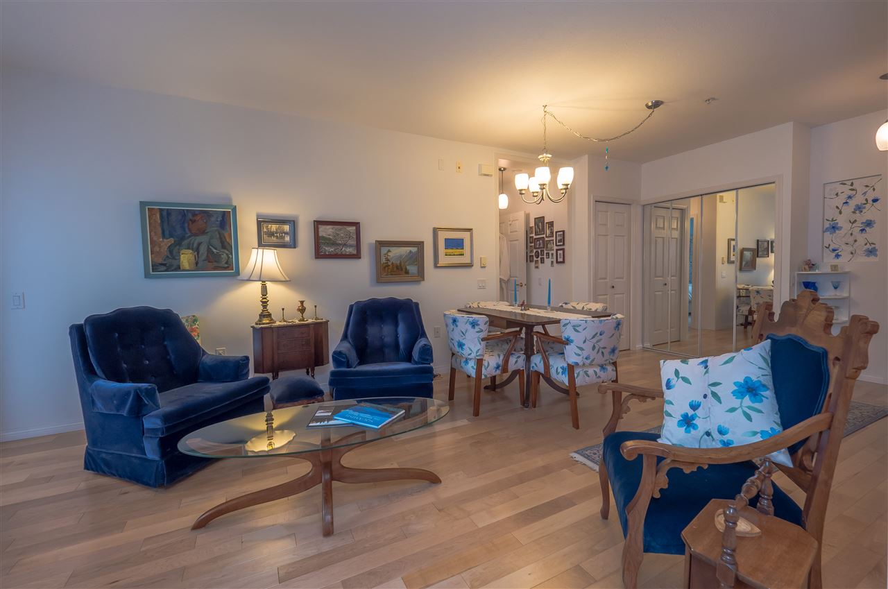 Condo Apartment at 205 1203 PEMBERTON AVENUE, Unit 205, Squamish, British Columbia. Image 5