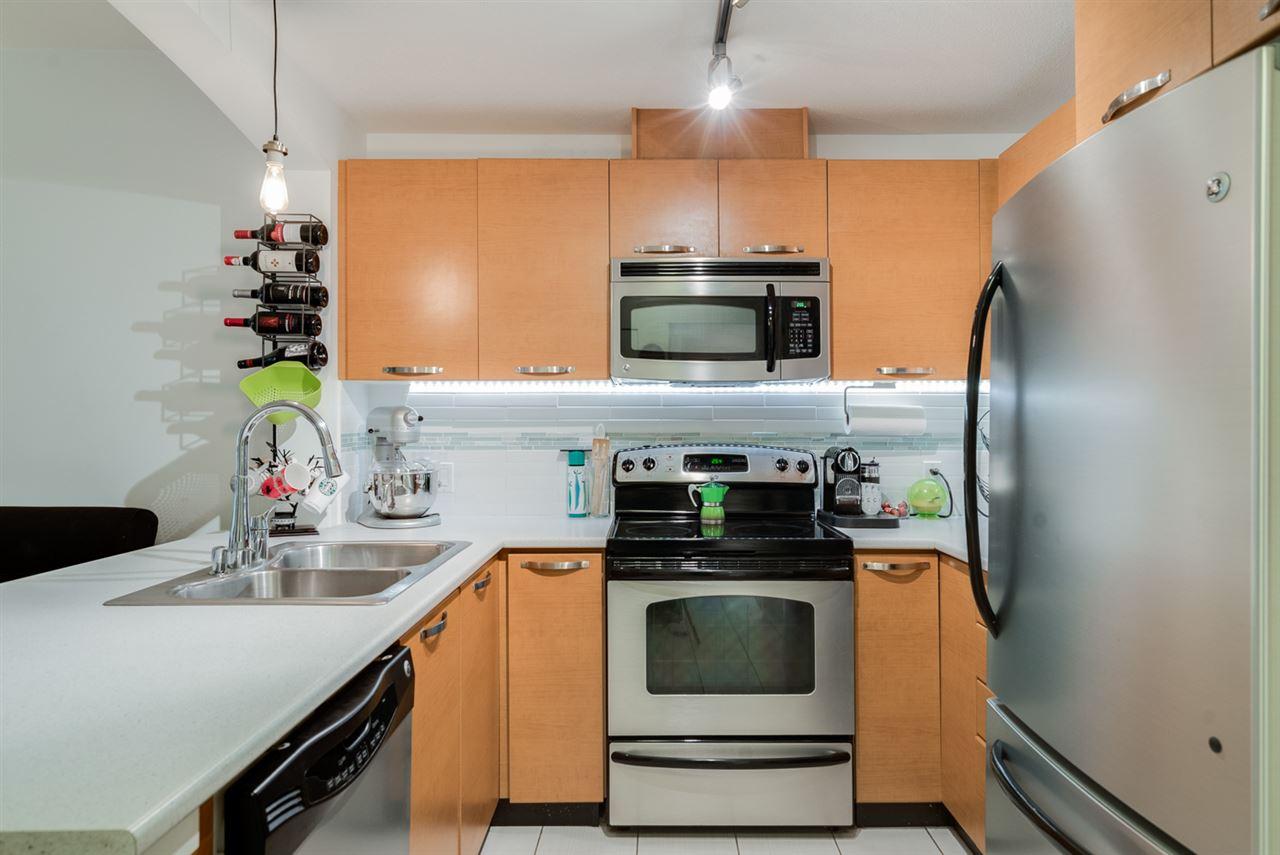 Condo Apartment at 106 7478 BYRNEPARK WALK, Unit 106, Burnaby South, British Columbia. Image 8