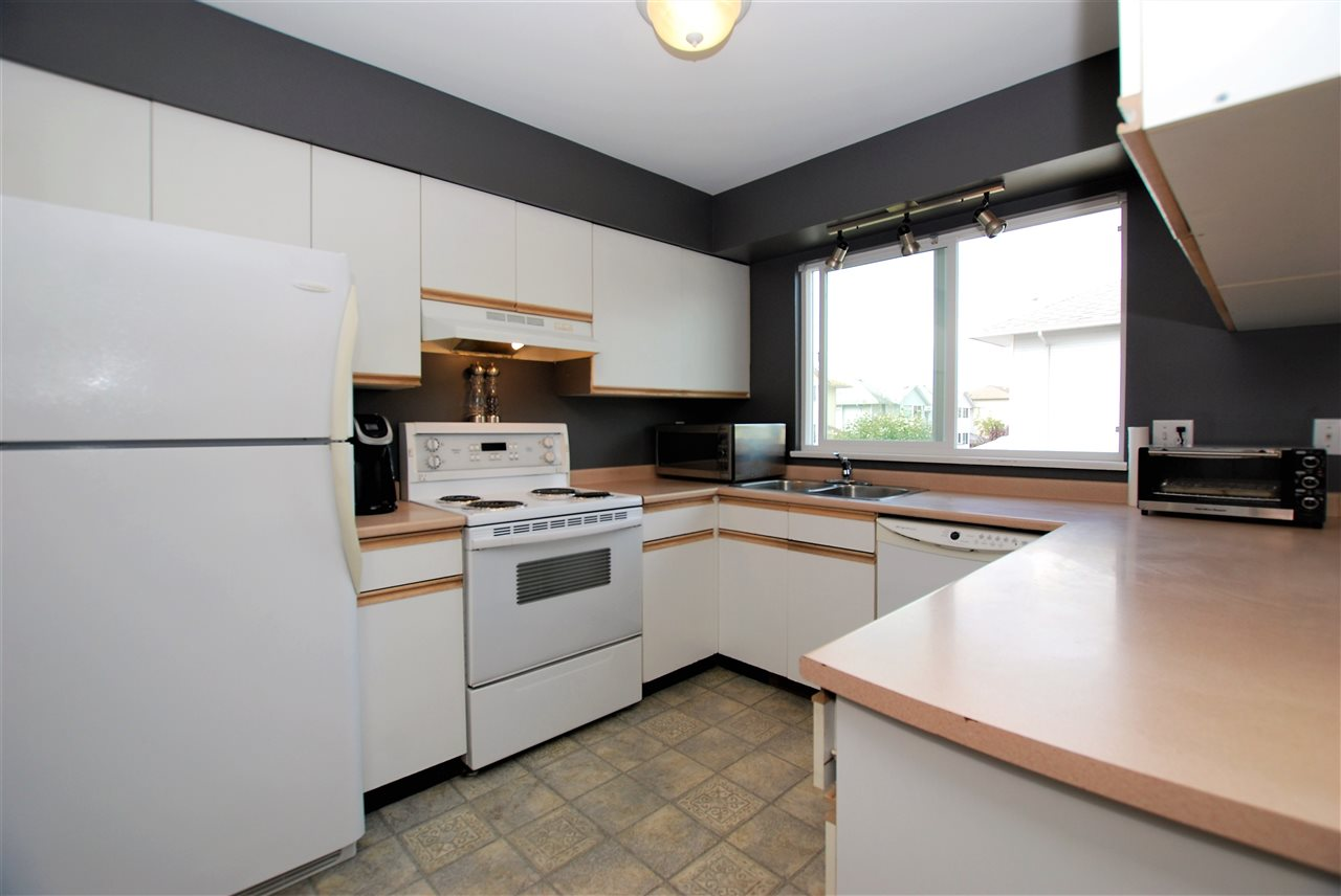 Townhouse at 31 3087 IMMEL STREET, Unit 31, Abbotsford, British Columbia. Image 4