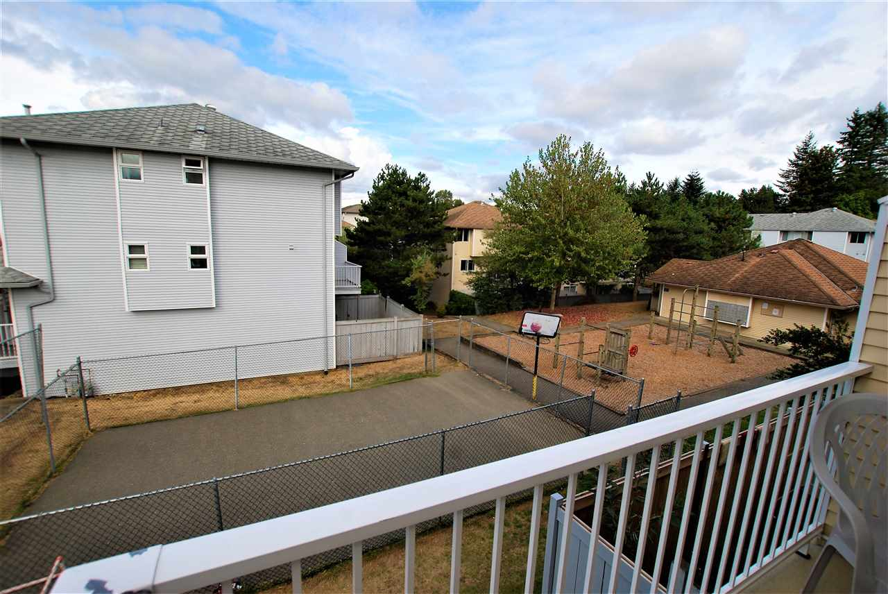 Townhouse at 31 3087 IMMEL STREET, Unit 31, Abbotsford, British Columbia. Image 16