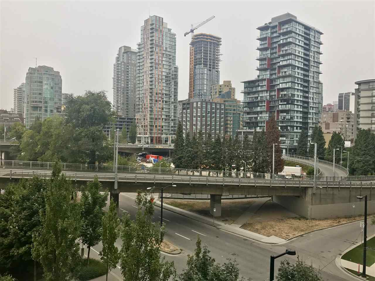 Condo Apartment at 707 550 PACIFIC STREET, Unit 707, Vancouver West, British Columbia. Image 3