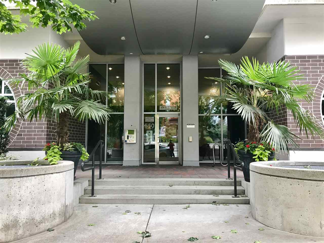 Condo Apartment at 707 550 PACIFIC STREET, Unit 707, Vancouver West, British Columbia. Image 4