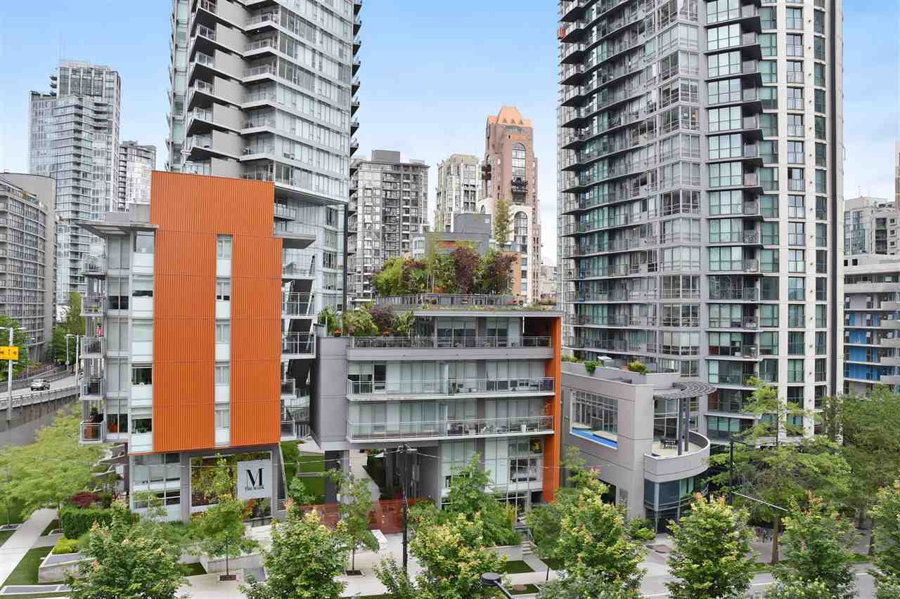 Condo Apartment at 707 550 PACIFIC STREET, Unit 707, Vancouver West, British Columbia. Image 12