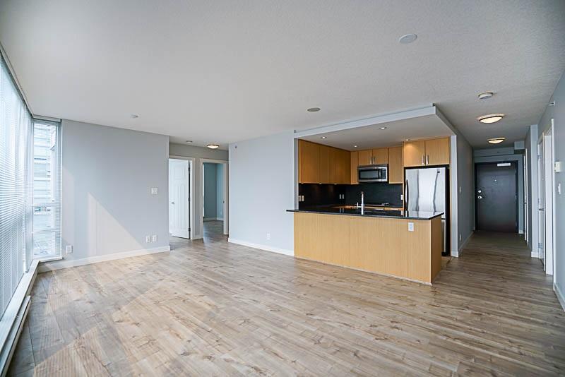 Condo Apartment at 906 2978 GLEN DRIVE, Unit 906, Coquitlam, British Columbia. Image 6