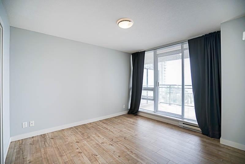 Condo Apartment at 906 2978 GLEN DRIVE, Unit 906, Coquitlam, British Columbia. Image 10