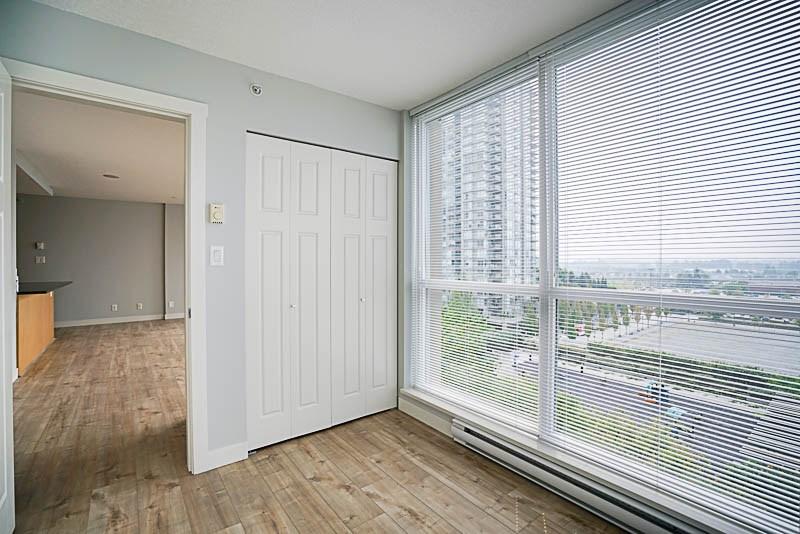Condo Apartment at 906 2978 GLEN DRIVE, Unit 906, Coquitlam, British Columbia. Image 14
