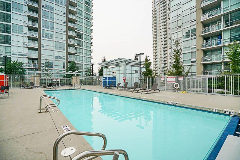 Condo Apartment at 906 2978 GLEN DRIVE, Unit 906, Coquitlam, British Columbia. Image 19