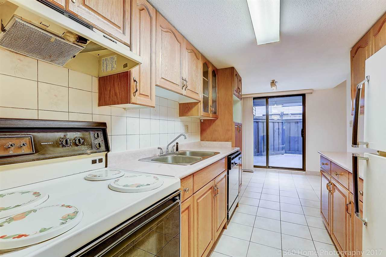Townhouse at 6 3370 ROSEMONT DRIVE, Unit 6, Vancouver East, British Columbia. Image 7