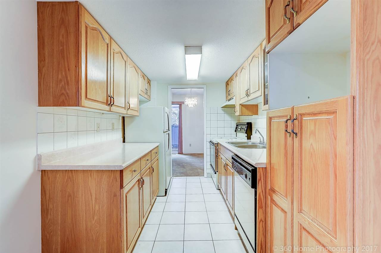 Townhouse at 6 3370 ROSEMONT DRIVE, Unit 6, Vancouver East, British Columbia. Image 8