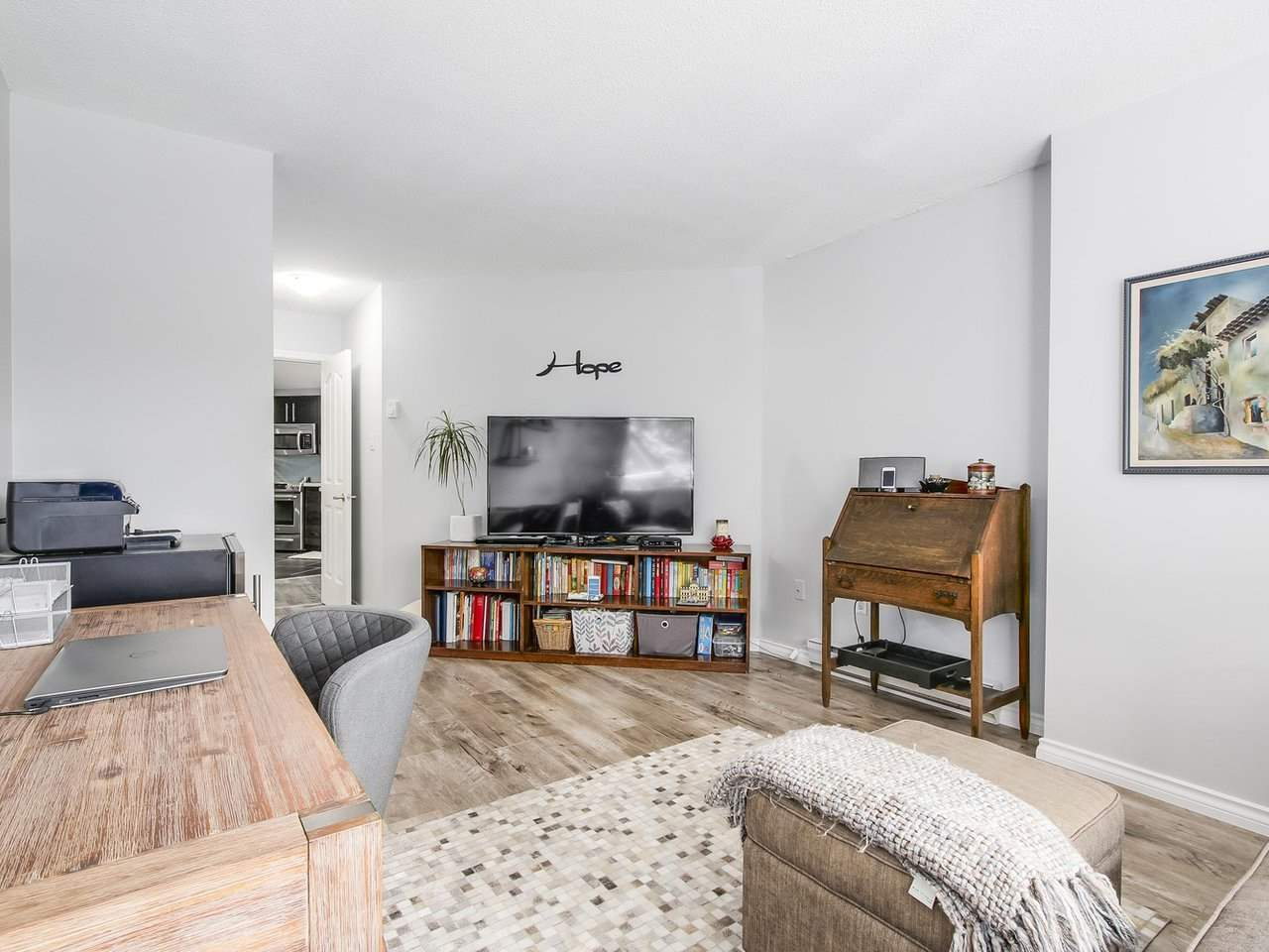 Condo Apartment at 206 1235 QUAYSIDE DRIVE, Unit 206, New Westminster, British Columbia. Image 15