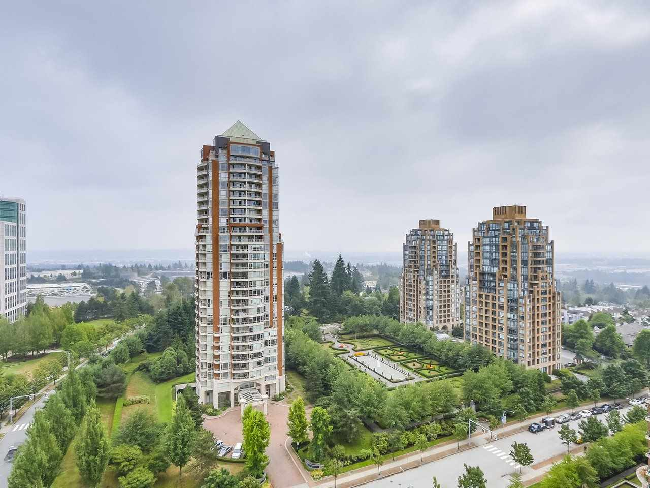 Condo Apartment at 1903 6837 STATION HILL DRIVE, Unit 1903, Burnaby South, British Columbia. Image 2