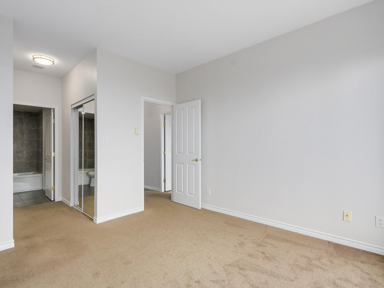 Condo Apartment at 1903 6837 STATION HILL DRIVE, Unit 1903, Burnaby South, British Columbia. Image 11
