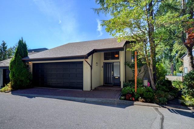Half-duplex at 5625 EAGLE COURT, North Vancouver, British Columbia. Image 1