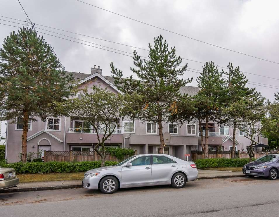Townhouse at 202 6930 BALMORAL STREET, Unit 202, Burnaby South, British Columbia. Image 2