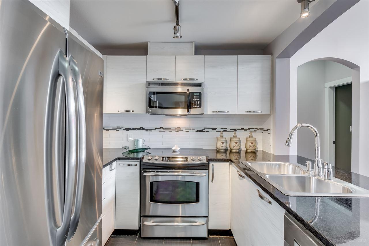 Condo Apartment at 603 7478 BYRNEPARK WALK, Unit 603, Burnaby South, British Columbia. Image 5