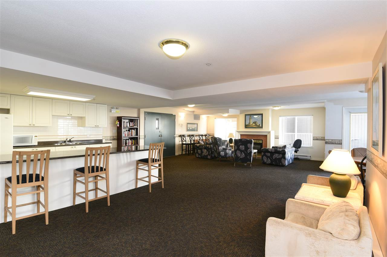 Condo Apartment at 329 5880 DOVER CRESCENT, Unit 329, Richmond, British Columbia. Image 6