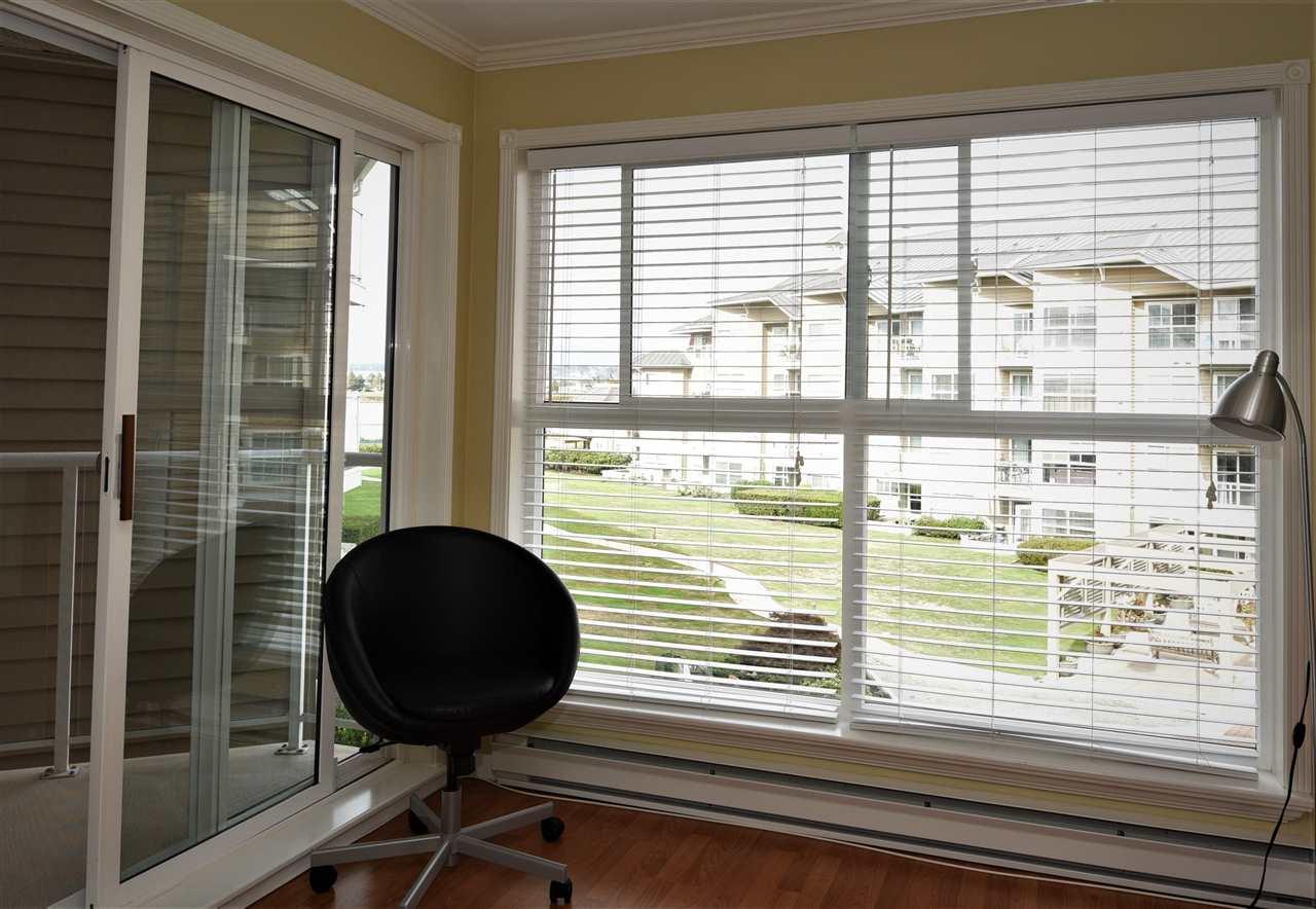 Condo Apartment at 329 5880 DOVER CRESCENT, Unit 329, Richmond, British Columbia. Image 9