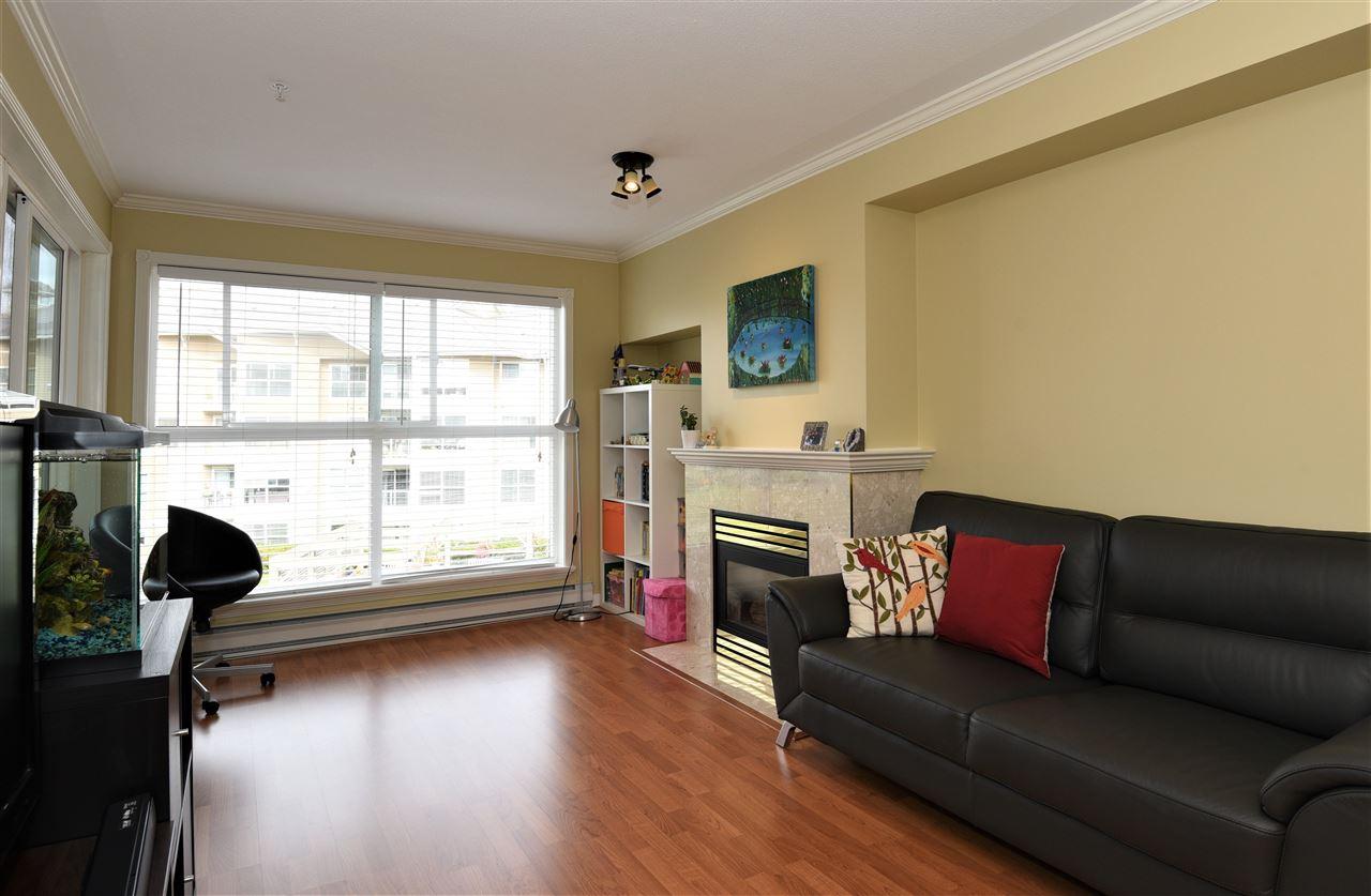 Condo Apartment at 329 5880 DOVER CRESCENT, Unit 329, Richmond, British Columbia. Image 10