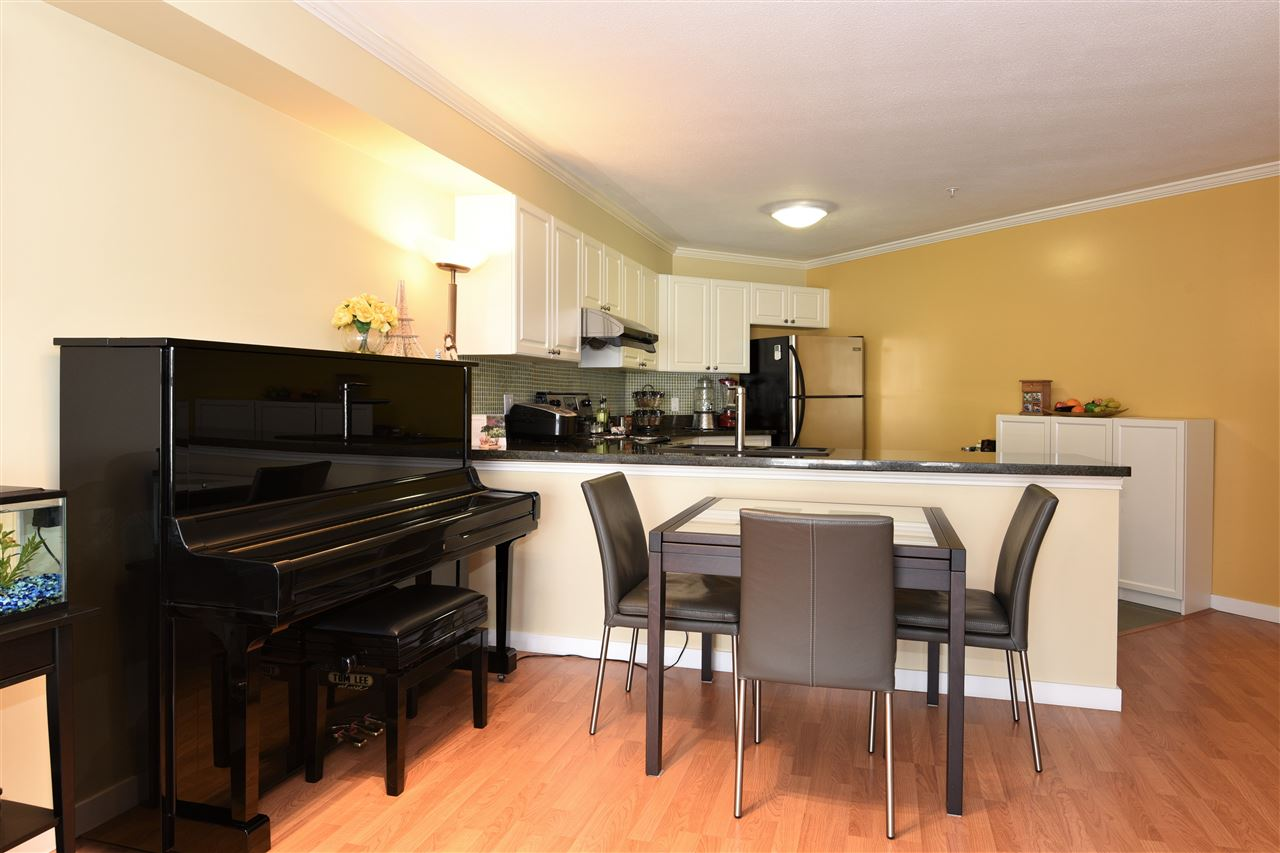 Condo Apartment at 329 5880 DOVER CRESCENT, Unit 329, Richmond, British Columbia. Image 13