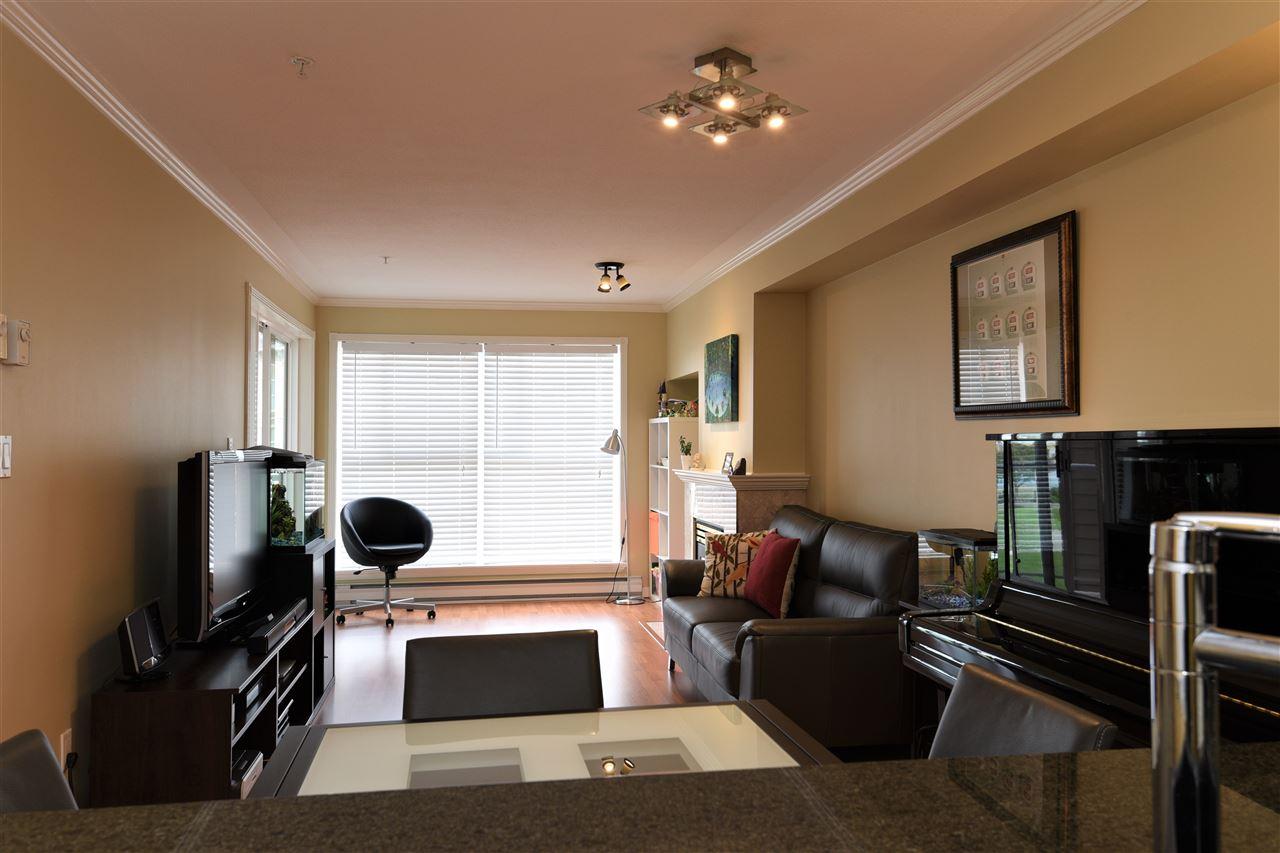 Condo Apartment at 329 5880 DOVER CRESCENT, Unit 329, Richmond, British Columbia. Image 14