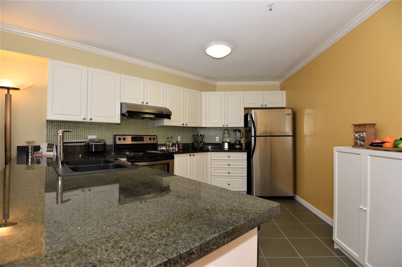 Condo Apartment at 329 5880 DOVER CRESCENT, Unit 329, Richmond, British Columbia. Image 15