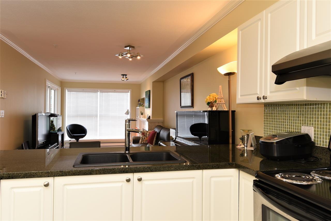 Condo Apartment at 329 5880 DOVER CRESCENT, Unit 329, Richmond, British Columbia. Image 16