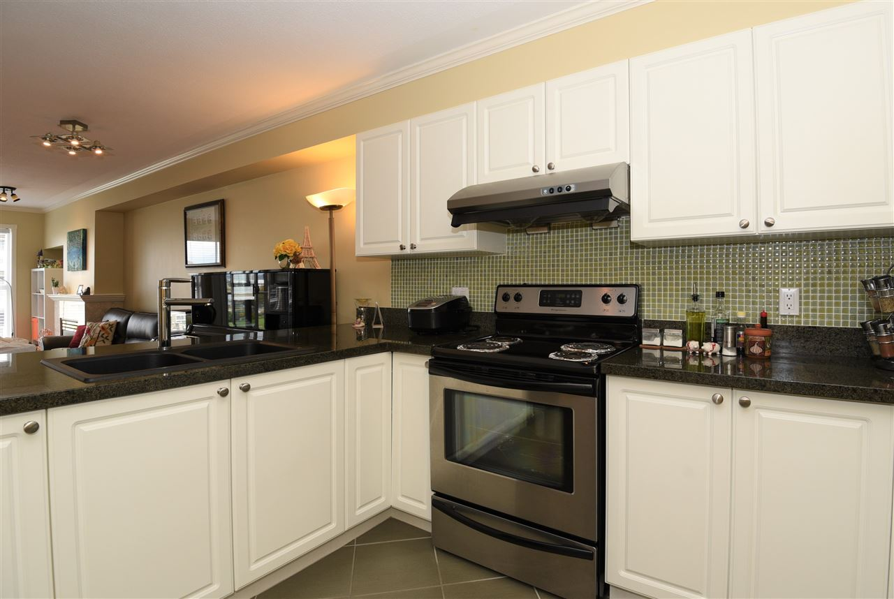 Condo Apartment at 329 5880 DOVER CRESCENT, Unit 329, Richmond, British Columbia. Image 18