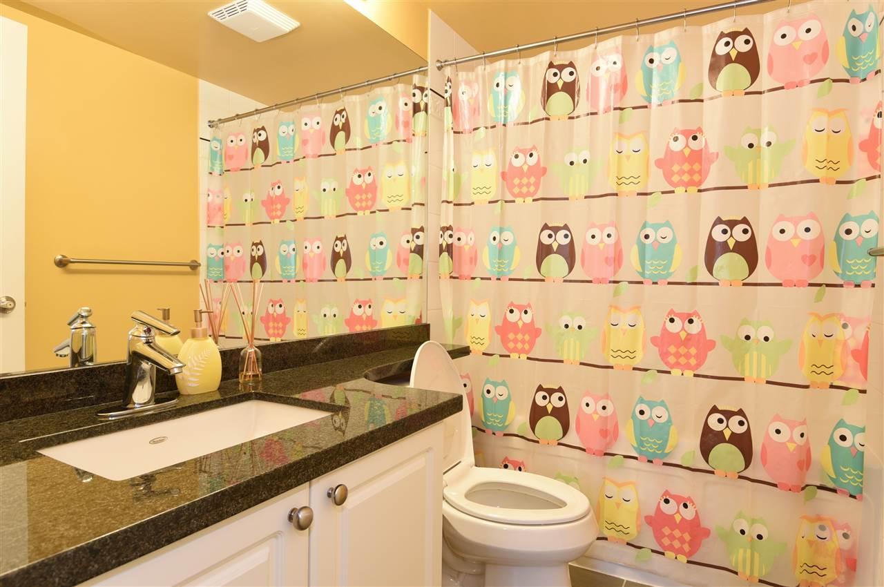 Condo Apartment at 329 5880 DOVER CRESCENT, Unit 329, Richmond, British Columbia. Image 19