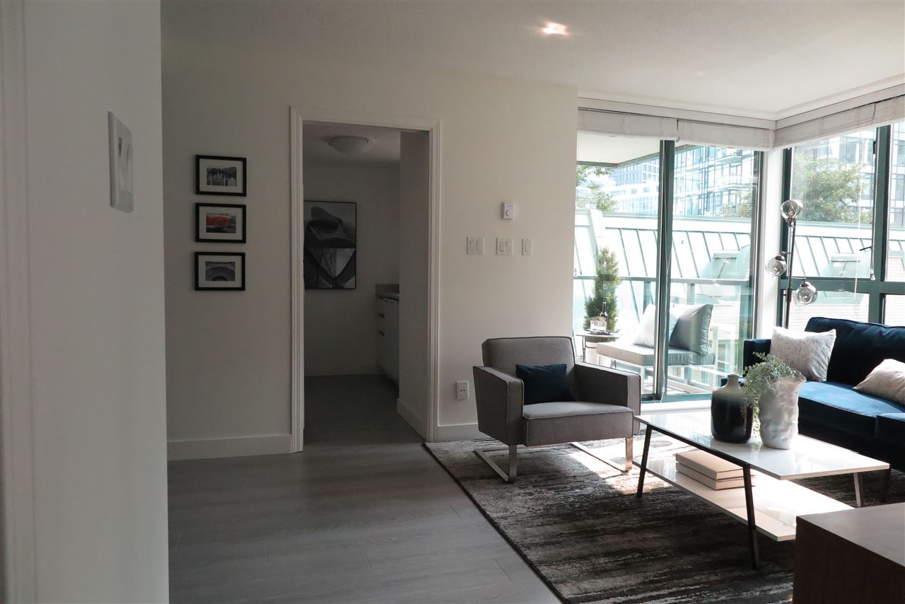 Condo Apartment at 505 1238 MELVILLE STREET, Unit 505, Vancouver West, British Columbia. Image 9