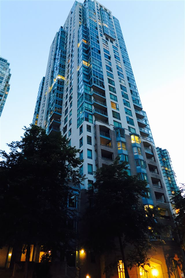Condo Apartment at 505 1238 MELVILLE STREET, Unit 505, Vancouver West, British Columbia. Image 18