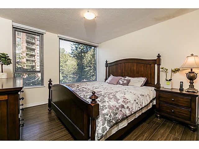 Condo Apartment at 401 5639 HAMPTON PLACE, Unit 401, Vancouver West, British Columbia. Image 9