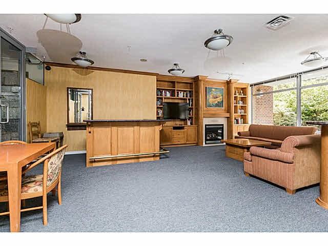 Condo Apartment at 401 5639 HAMPTON PLACE, Unit 401, Vancouver West, British Columbia. Image 14