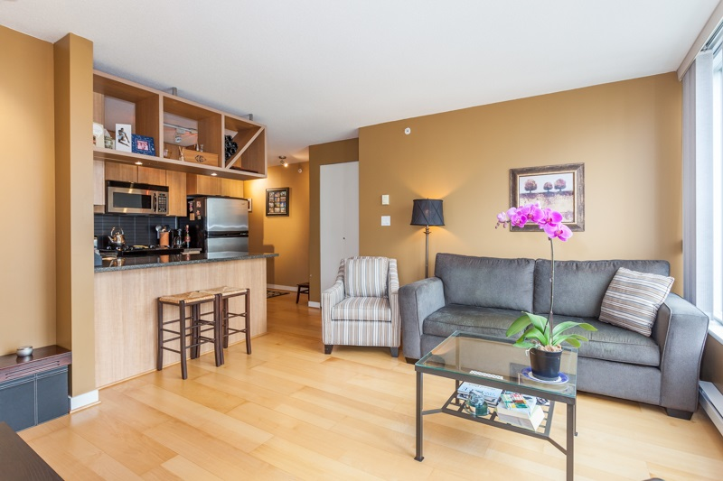 Condo Apartment at 1604 1010 RICHARDS STREET, Unit 1604, Vancouver West, British Columbia. Image 5