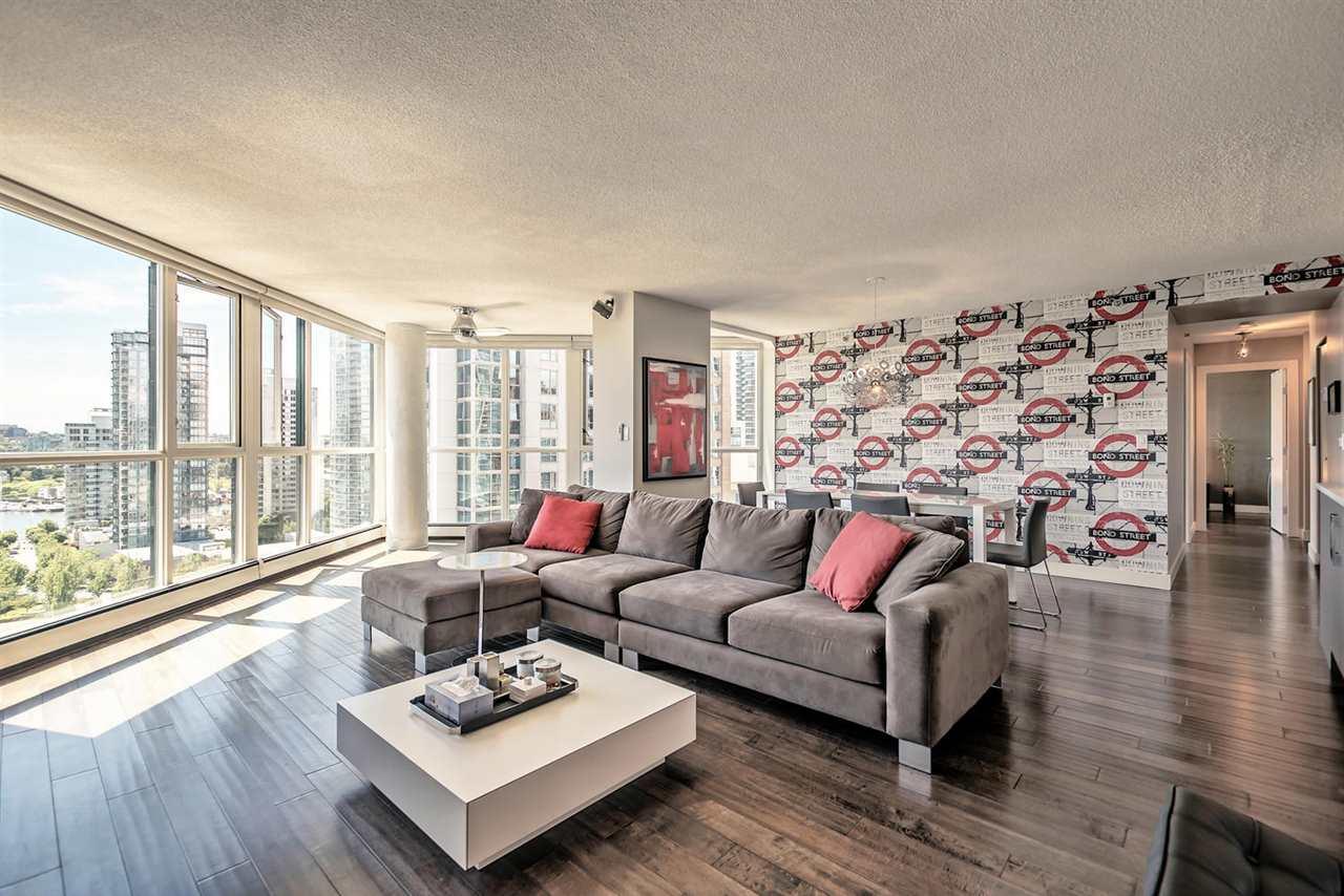 Condo Apartment at 1702 289 DRAKE STREET, Unit 1702, Vancouver West, British Columbia. Image 9