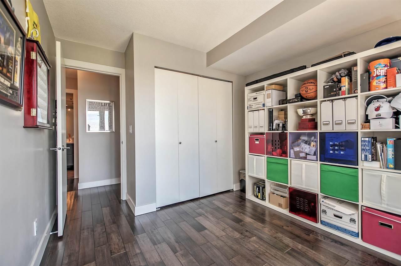 Condo Apartment at 1702 289 DRAKE STREET, Unit 1702, Vancouver West, British Columbia. Image 14
