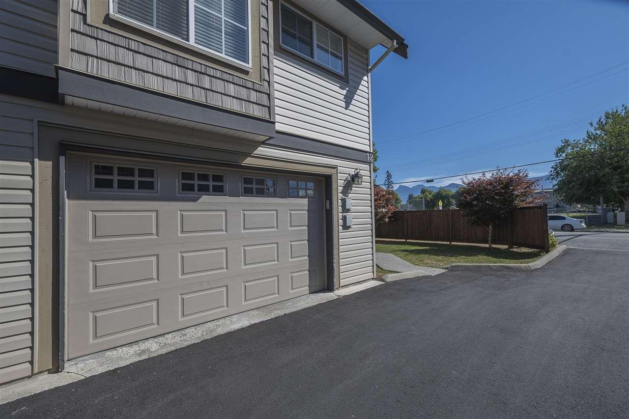 Townhouse at 12 9447 COLLEGE STREET, Unit 12, Chilliwack, British Columbia. Image 16
