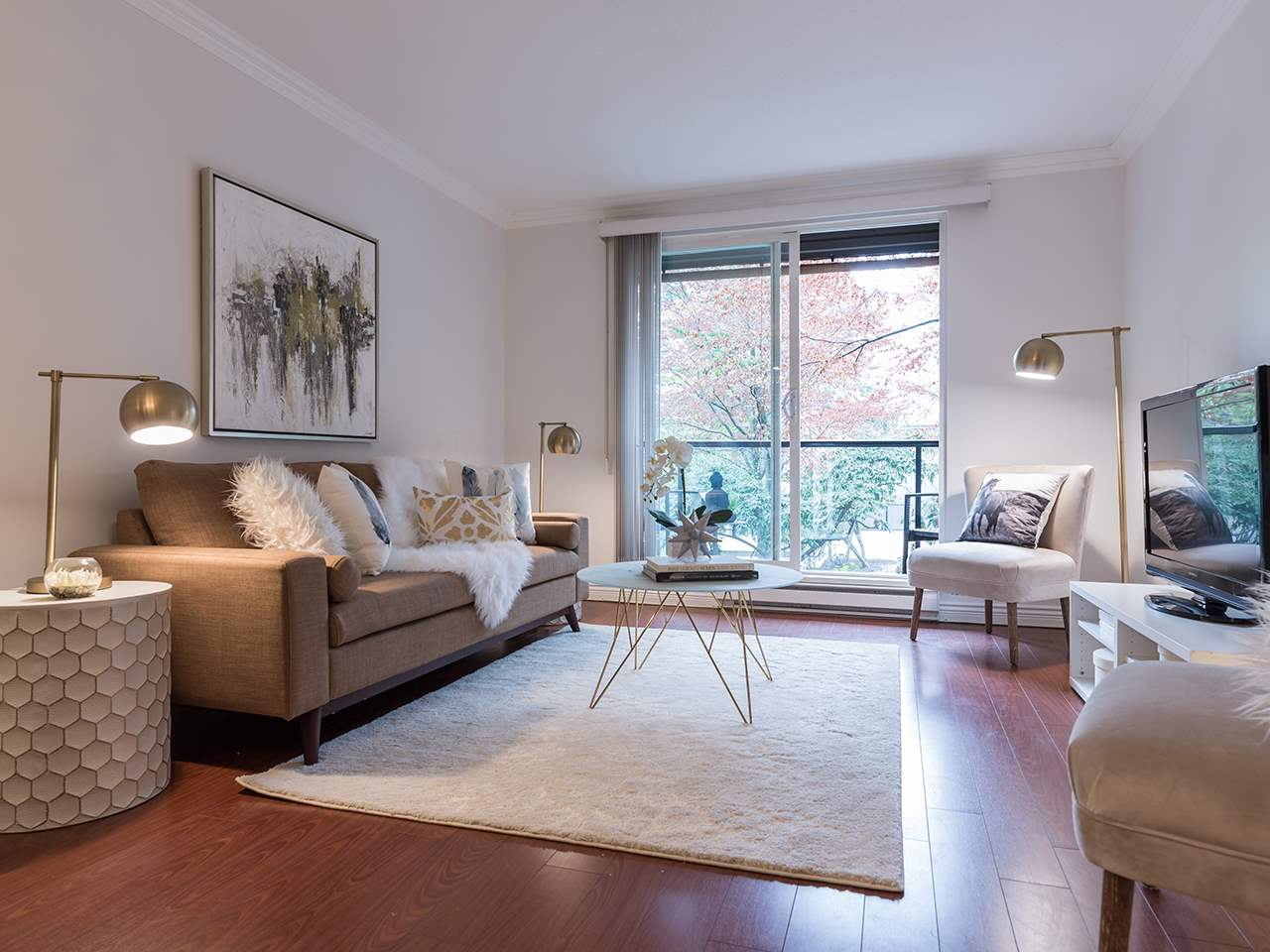 Condo Apartment at 219 1550 BARCLAY STREET, Unit 219, Vancouver West, British Columbia. Image 3