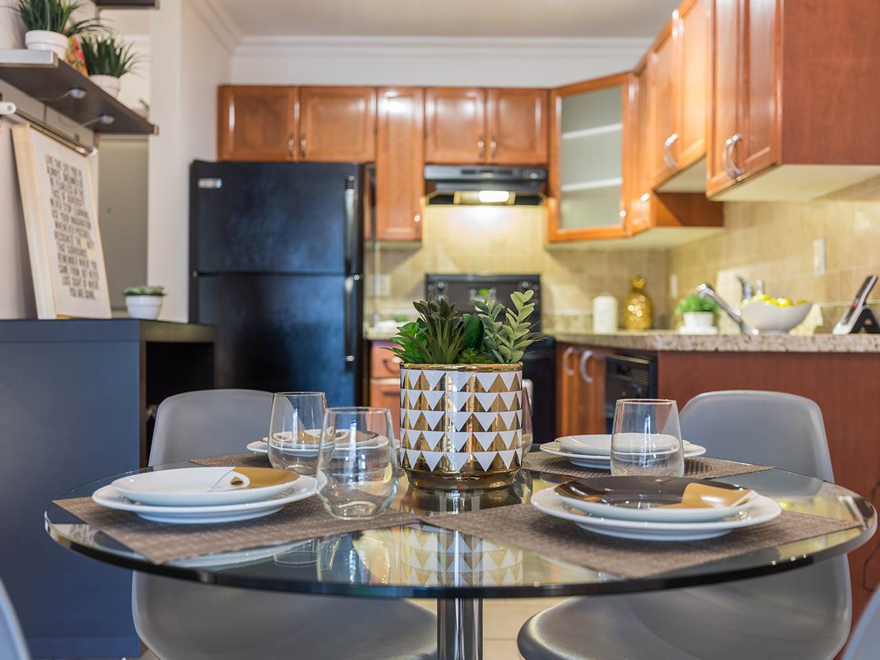Condo Apartment at 219 1550 BARCLAY STREET, Unit 219, Vancouver West, British Columbia. Image 6