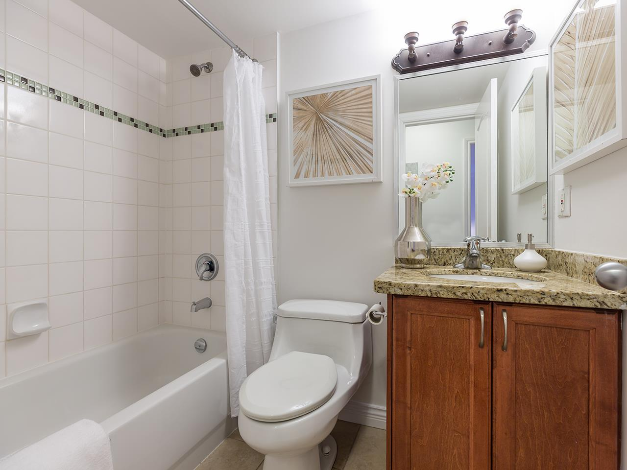 Condo Apartment at 219 1550 BARCLAY STREET, Unit 219, Vancouver West, British Columbia. Image 10
