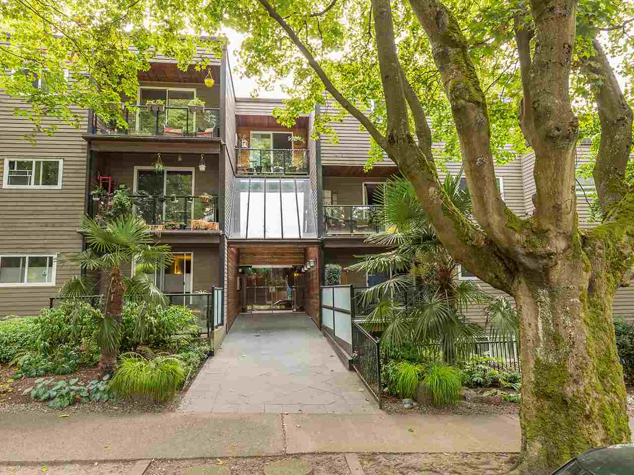 Condo Apartment at 219 1550 BARCLAY STREET, Unit 219, Vancouver West, British Columbia. Image 14