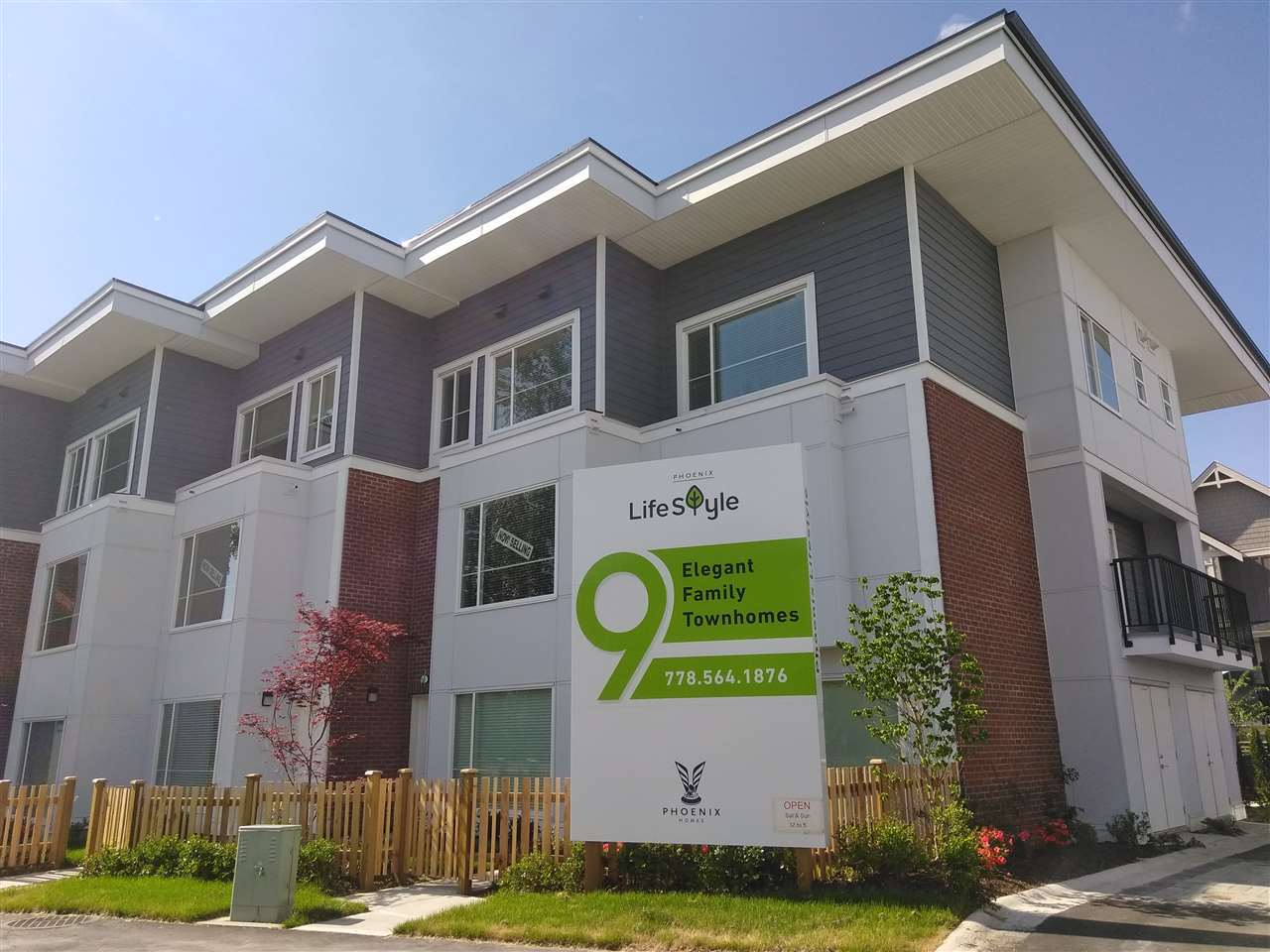 Townhouse at 4 19555 73 AVENUE, Unit 4, Cloverdale, British Columbia. Image 1