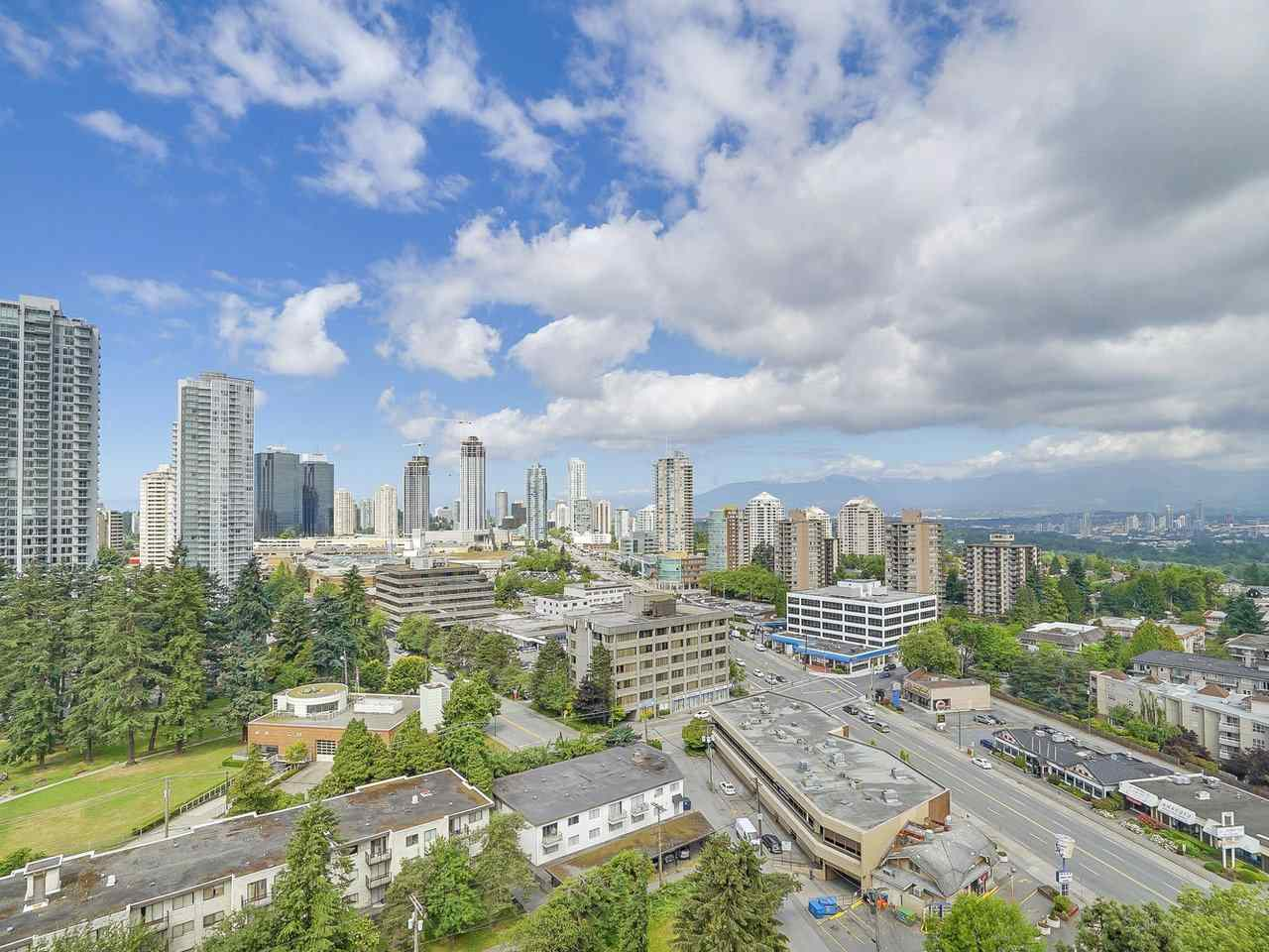 Condo Apartment at 1806 6540 BURLINGTON AVENUE, Unit 1806, Burnaby South, British Columbia. Image 1
